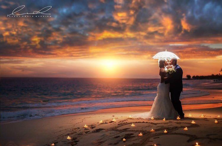 Romantic honeymoon destination Bahamas