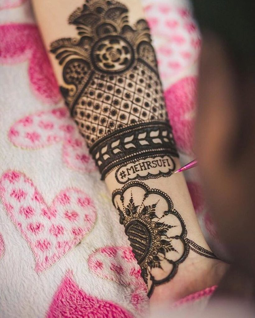 Bridal Mehendi Designs with Hashtag