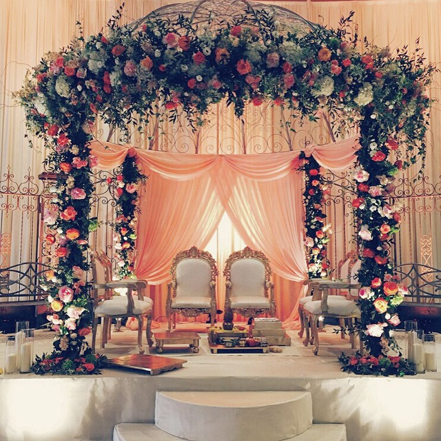 Stunning mandap decor ideas for the indoor wedding indoor mandap decor junglespirit Gallery