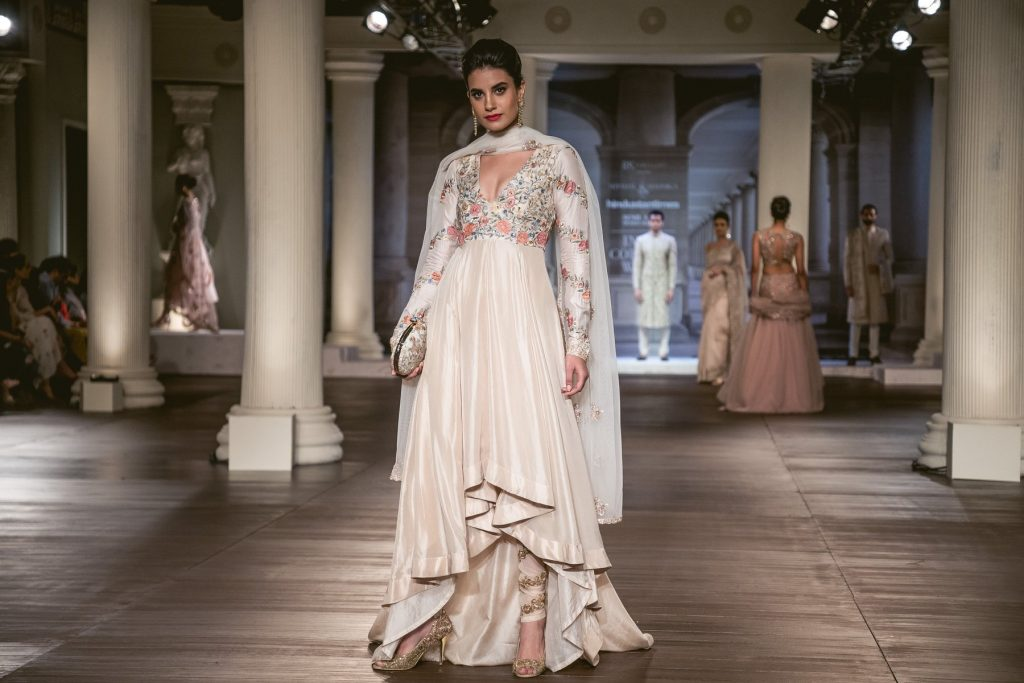 44e1fe71fd Ace the Dream Bride Look with Shyamal   Bhumika s latest collection!
