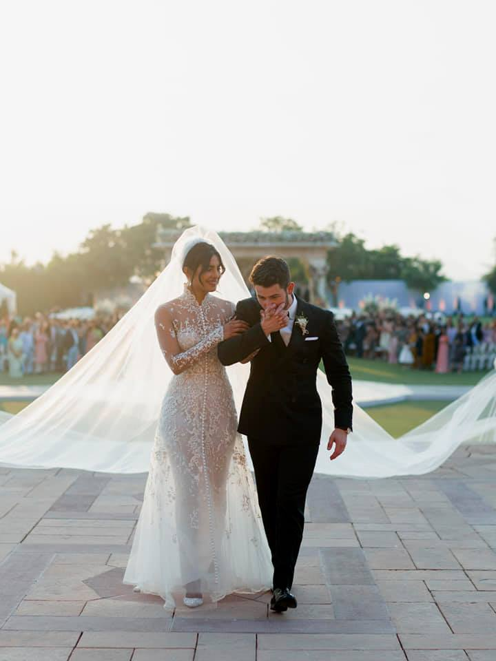 6b5858df8df Priyanka Nick Wedding - A Dreamy Fairytale Affair! - ZoWed.com